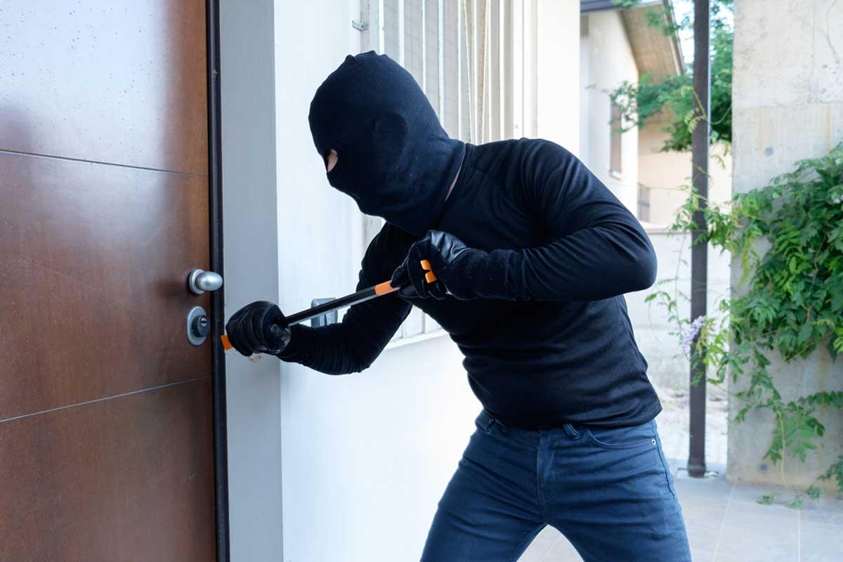 Einbrecher vor der Haustür