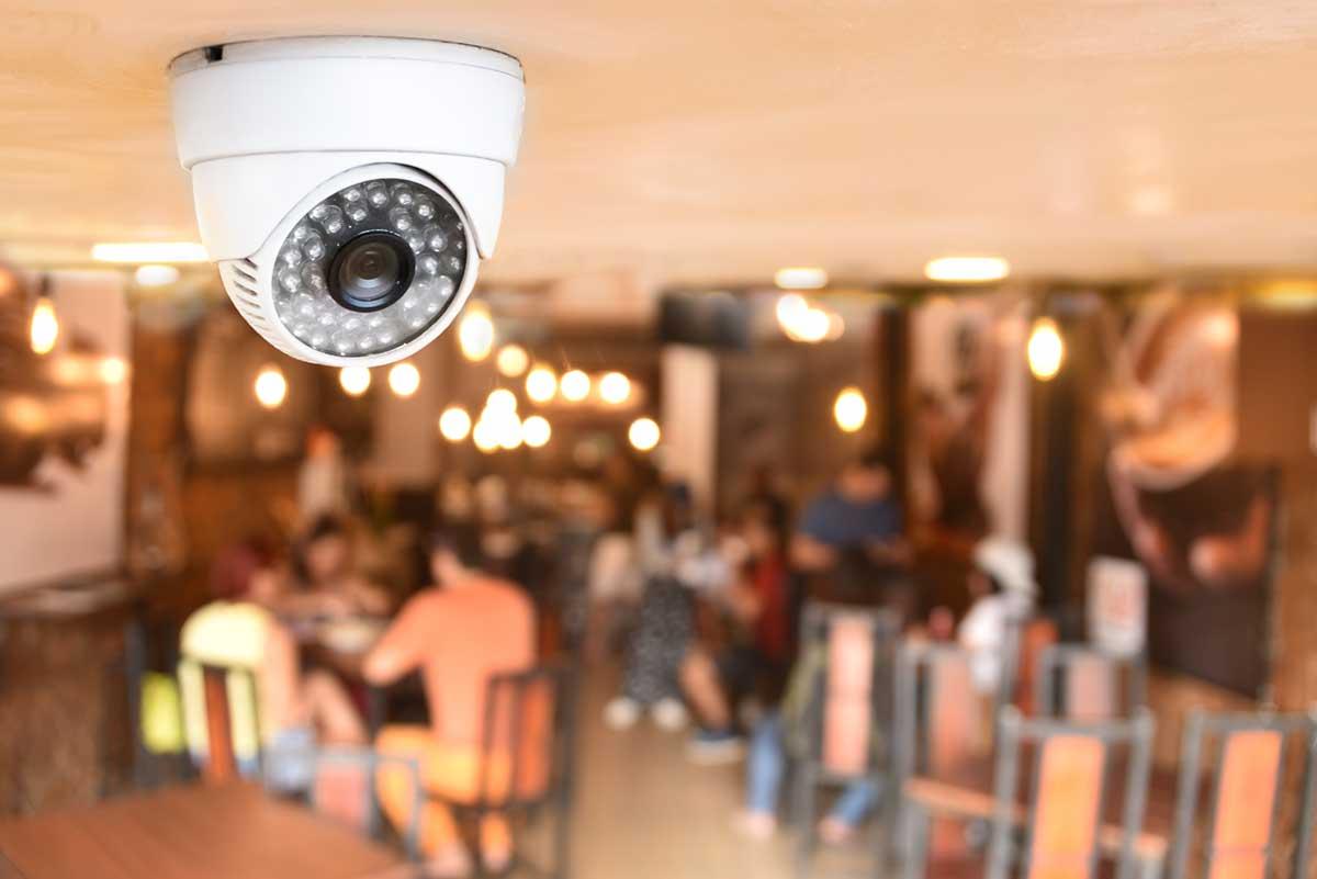 Videoüberwachung im Innenraum erhältlich bei Benz-Alarm GmbH Sicherheitssysteme
