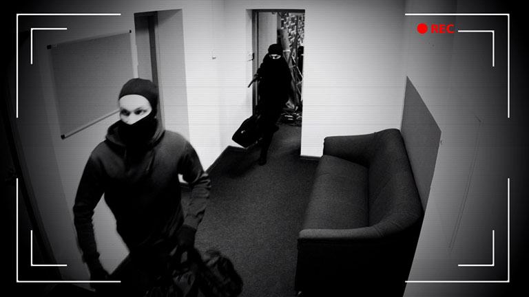 Videokamera filmt Einbrecher