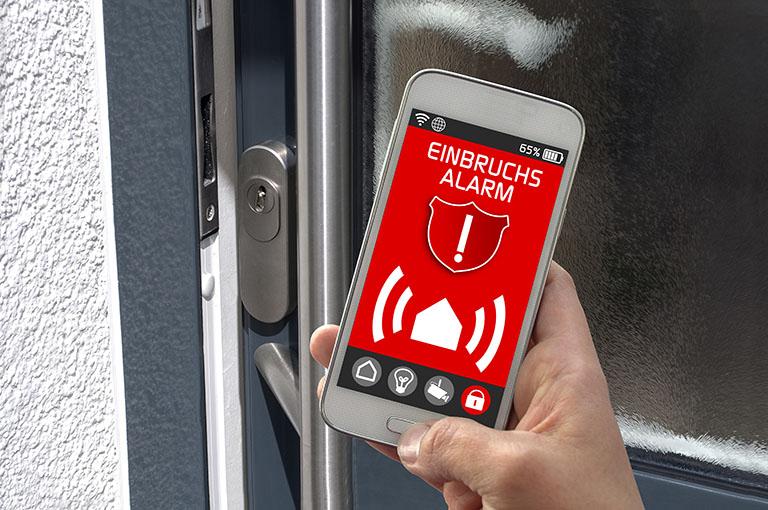 Smarthome: Alarmanlage mit dem Smartphone verbunden - Einbruchschutz bei Benz-Alarm in Stuttgart und Ludwigsburg